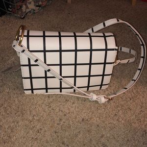brand new condition checkered purse